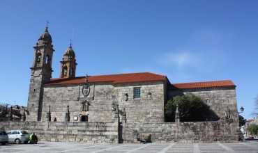 Iglesia de San Benito - CAMBADOS